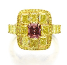 0.62-carat-Fancy-Red-diamond-sothebys6