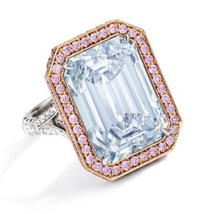 14.18-carat-Fancy-Blue-VVS2-diamond-sothebys6