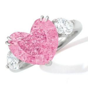4.49 fancy vivid pink diamond