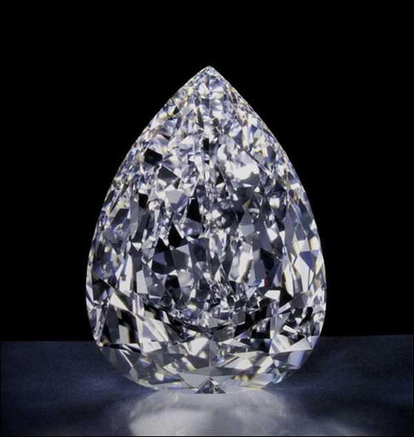 Cullinan-colorless-diamonds.jpg