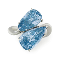Graff Blue Diamond Ring.png
