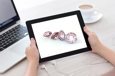 Innovative_Concept_for_Selling_Pink_Diamonds_1.jpg
