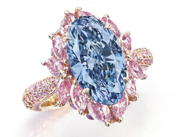 Moussaieff-Vivid-Blue-Diamond-Ring.jpg
