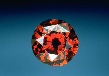 de-young-red-diamonds.jpg