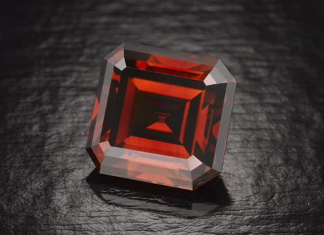 kazanjian-red-diamonds.jpg
