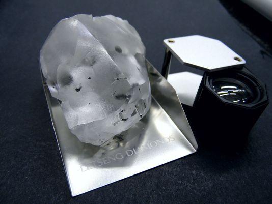 910 CARAT LESOTHO DIAMOND.jpg